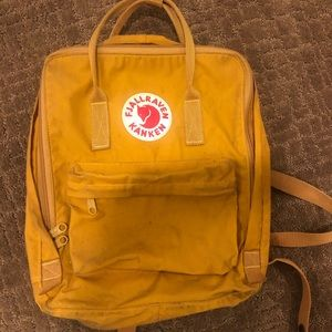 Fjall Raven Kanken Backpck (color: ocre yellow)